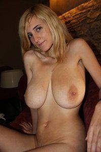 D nude double Milena D
